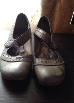 Туфли mustang