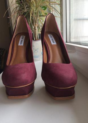 Кожаные туфли на высоком каблуке steve madden