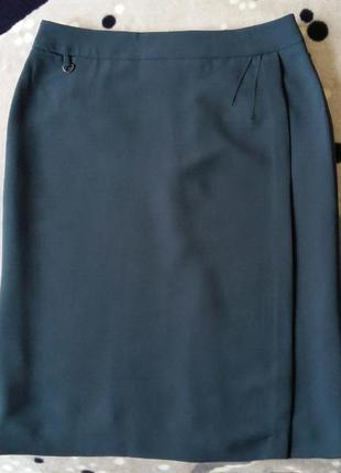 Доступно - классическая юбка с глухим запахом 14 р.