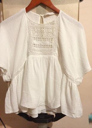 Красивая укороченная белая блуза 36/s zara