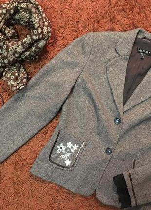 Женский пиджак (блейзер) от аpart