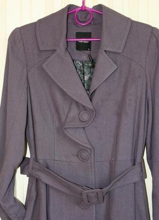 Оригинальное качественное пальто сиреневого цвета, демисезон