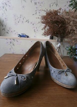 Туфли кожаные 39 размера