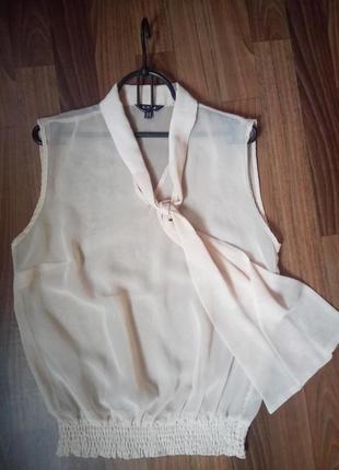 Шифоновая блуза бежевого цвета