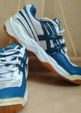 Оригинальные кроссовки asics 38 размера