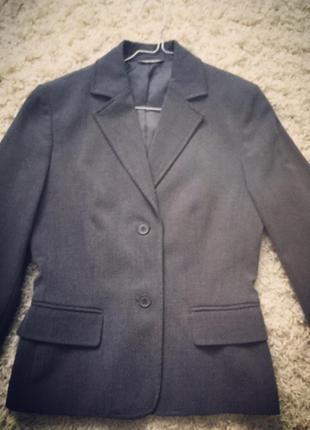 Класичний піджак від stefanel