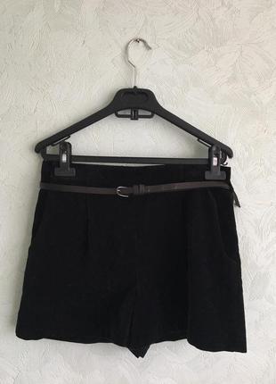 Бархатные шорты