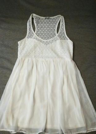 Белое шифоново-гипюровое платье tally weijl