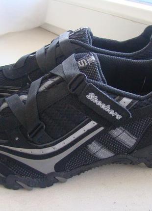 Спортивные туфли skechers 37р. состояние новых