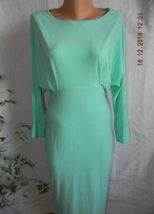 Оригинальное платье мятного цвета с открытой спинкой lustre