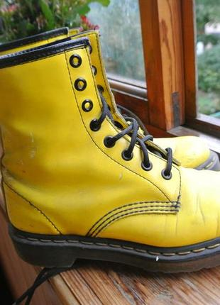 Ботинки dr martens 37 желтые