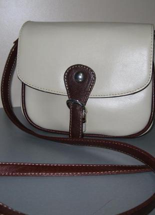 Продам фірмову німецьку сумочку кросбоді c&a