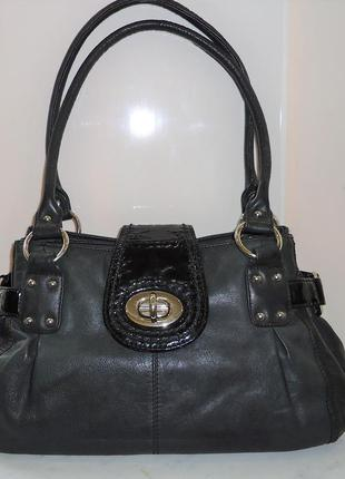 Продам женскую кожаную сумку clarks