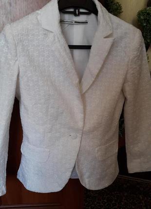 Пиджачок из шитья.