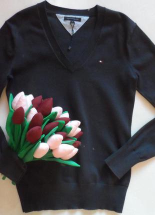 Красивый хлопковый свитер tommy hilfiger в размере s