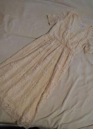 Очень красивое кружевное платье миди asos