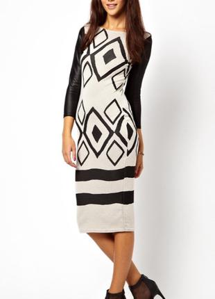 Стильное трикотажное платье в геометрический принт от river island