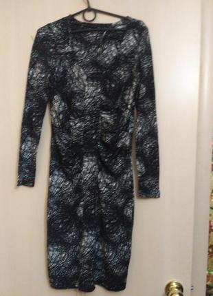 Эластичное платье