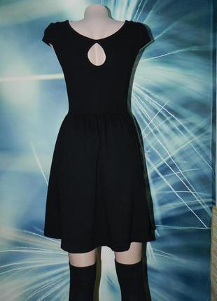 Очень красивое платье от h&m с интересной спинкой