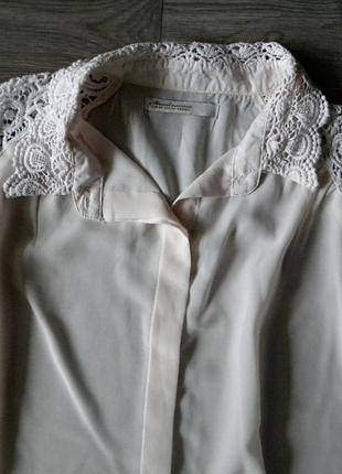 Ніжна пудрова блуза stradivarius
