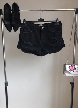 Крутые джинсовые шорты с завышенной талией