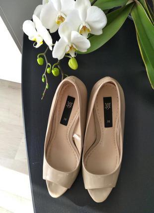 Туфли босоножки mango с открытым носком 38 размер
