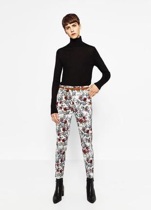 Zara коттоновие стильние штани с цветочним принтом 36,38