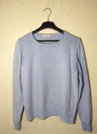 Очень приятный свитер голубого цвета  marks & spencer