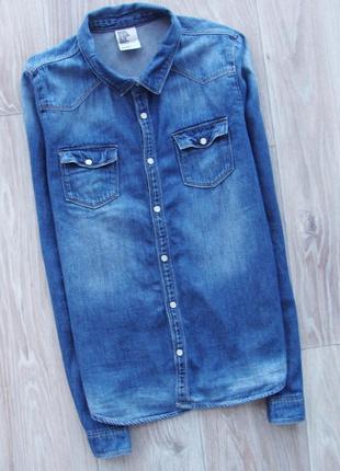 Стильная джинсовая рубашка на кнопках h&m