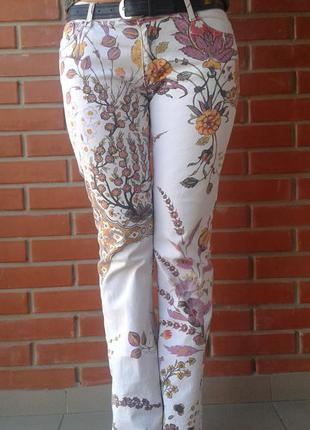 Красивые джинсы(just cavalli)