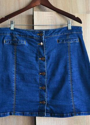 Трендовая джинсовая юбка с пуговицами от dorothy perkins
