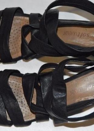 Босоніжки шкіряні clarcs розмір 39, босоножки размер 39