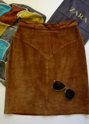 Замшевая коричневая  мини юбка модная