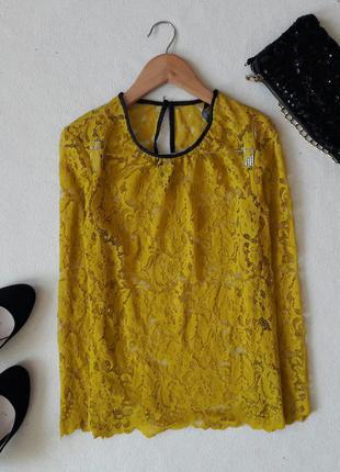Красивая нарядная блуза zara