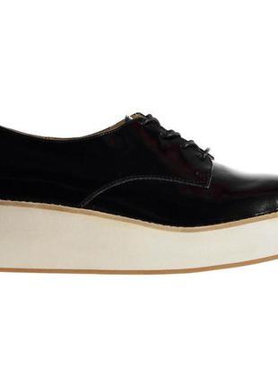 Брендовые лаковые туфли криперы