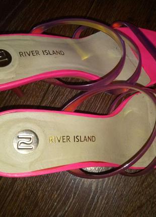 Босоножки river island 37