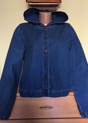 Джинсовая куртка с капюшоном topshop