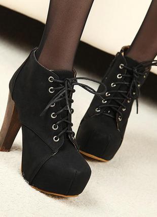 Обувь, которая занимает первые позиции у модников.