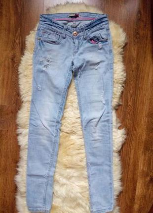 Модні джинси stradivarius
