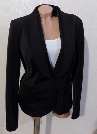 Пиджак плотный на пуговице с карманами черный фирменный bandolera размер 48-50