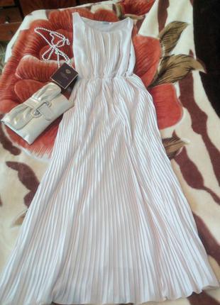 Невероятно нежное платье в пол. очень удобное и приятное на ощупь. идеально для высоких девочек.