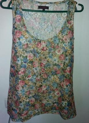 Класна літня блузка, яскрава річ