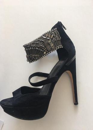 Босоножки на каблуке dolce vita