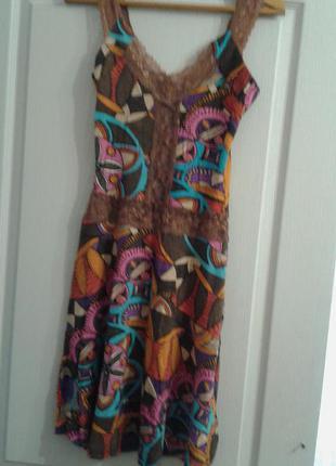 Шикарное платье для яркой девушки!
