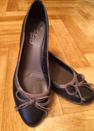 Брандовые туфли респект