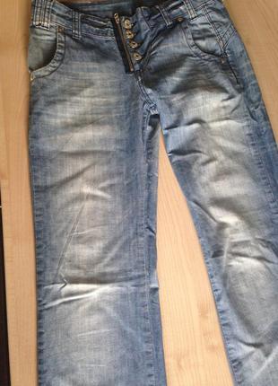 Оригинальные джинсы madoc