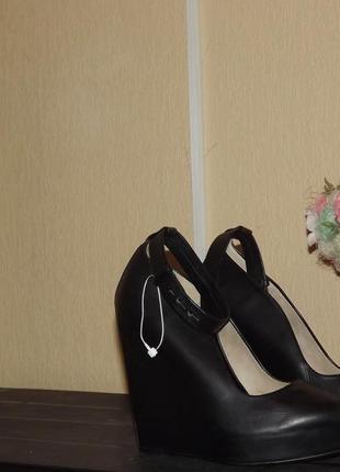 Туфли zara с натуральной кожи 35 размер - 22,5см