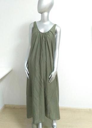 Платье с открытой спиной, цвета хаки