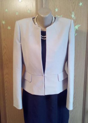 Элегантный пиджак для леди
