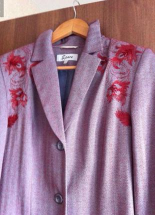 Пальто, жакет, пиджак с вышивкой бисером